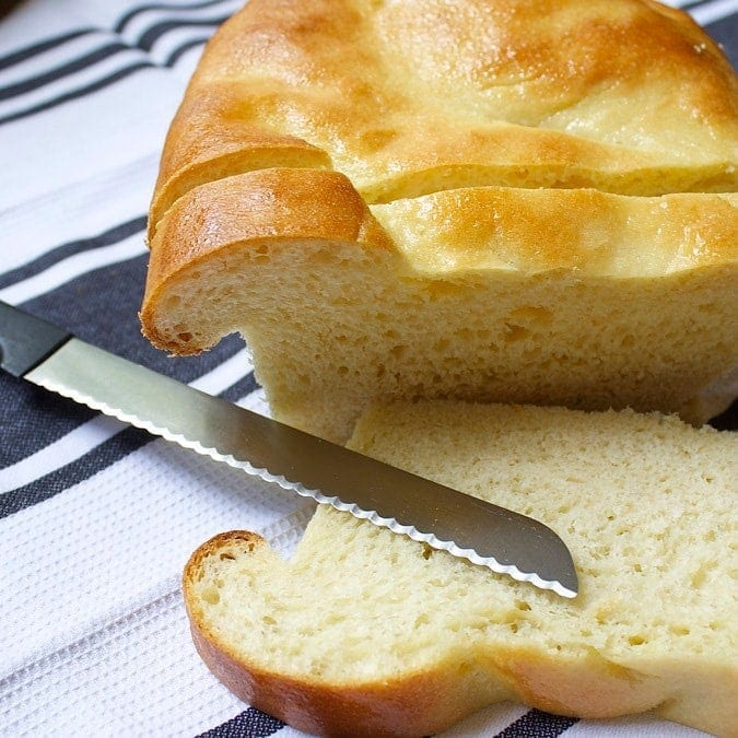 Amish White Bread Rolls & Loaves // the Stylist Quo
