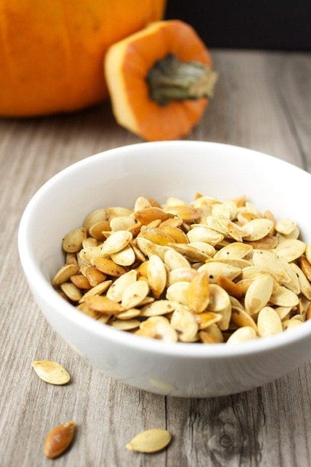 Truffle Roasted Pumpkin Seeds // The Stylist Quo