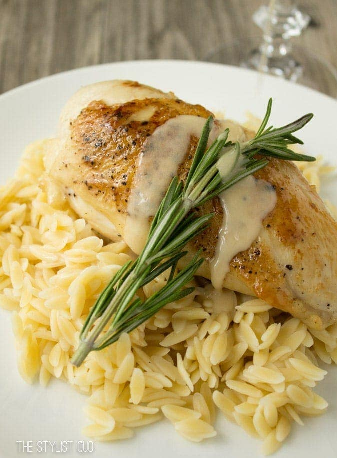 Pan-Seared Chicken with Vin Blanc au Beurre (White Wine with Butter Sauce) // The Stylist Quo