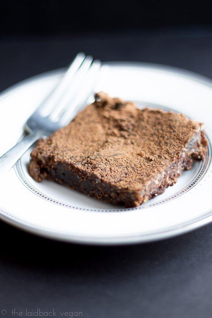 Raw Brownie (Vegan, Gluten Free) // The Laidback Vegan