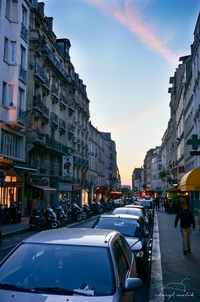 THIS! Our favorite area, Montmarte. I'll never forget this night (or the annoying wannabe-hipster teenagers that sat next to us at the café, our thighs LITERALLY TOUCHING, while they chain-smoked)