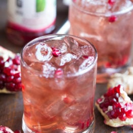 Pomegranate-Ginger Fizz