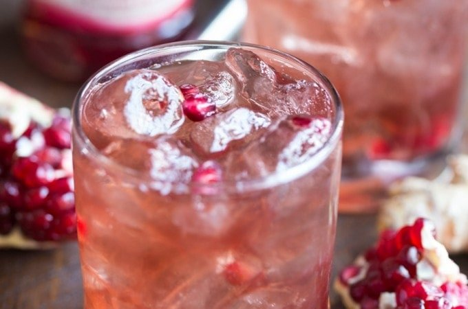 Pomegranate-Ginger Vodka Fizz