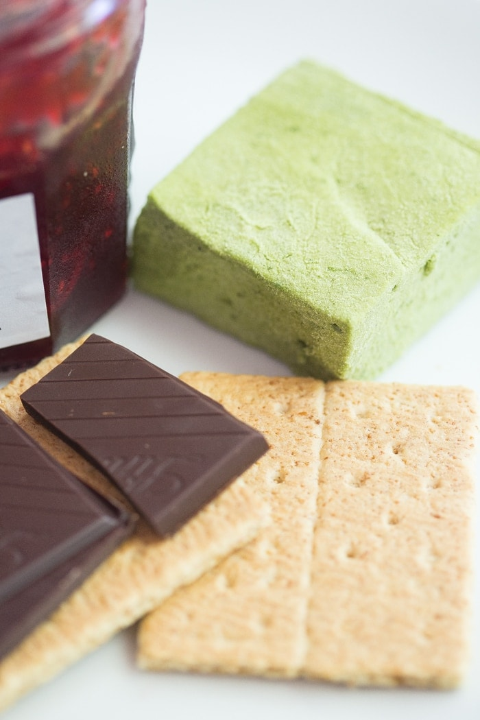 Matcha raspberry dark chocolate smores! Yes.. just as epic as they sound. /// 40 Aprons