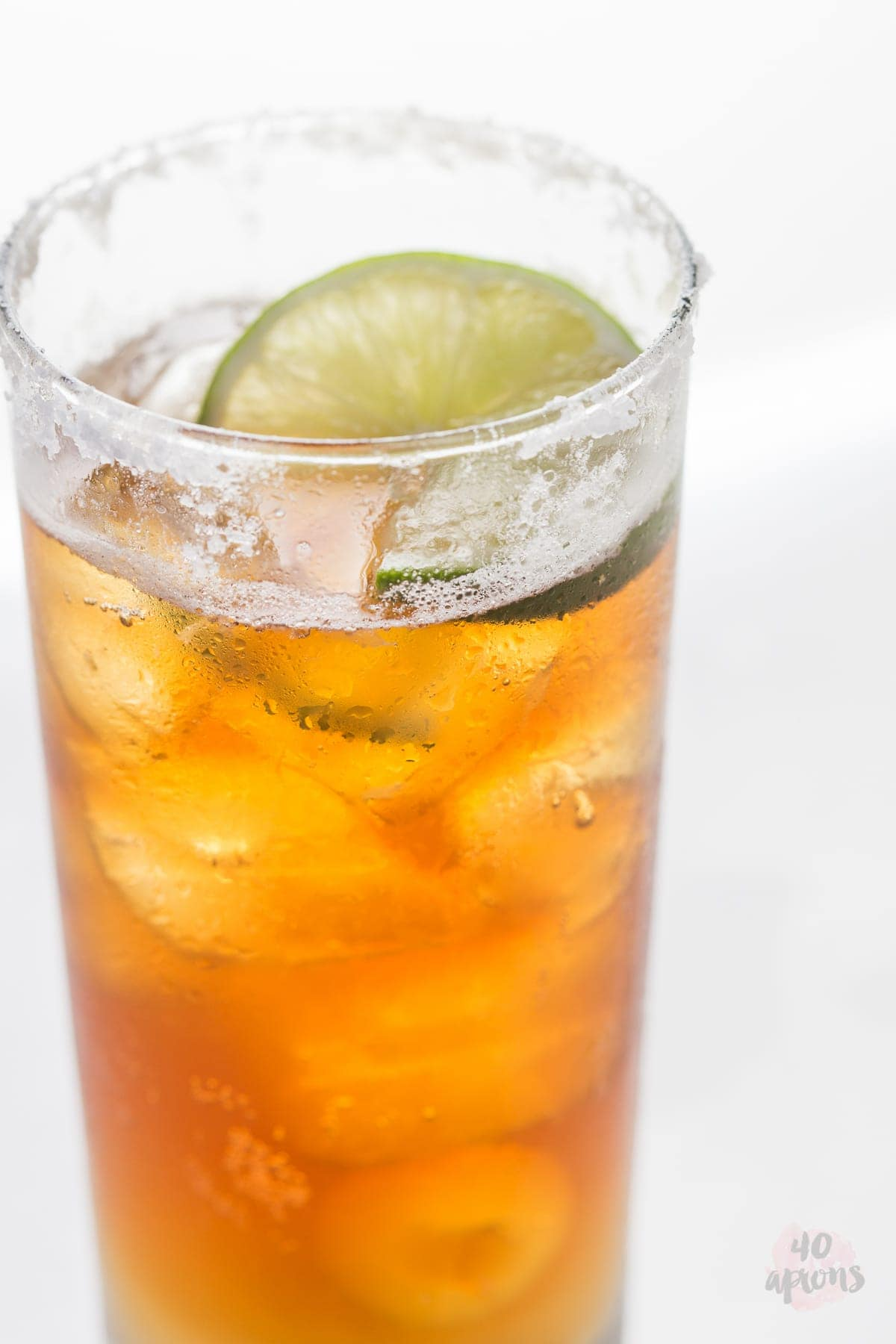 Chelada {Mexican Beer Cocktail} - So refreshing and so easy. // 40 Aprons
