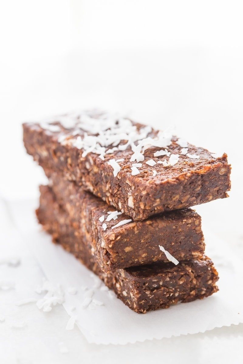 These paleo Almond Joy Lara bars are the perfect combination of coconut and chocolate and are super healthy. A filling and quick paleo snack, they're also Whole30-compliant. Very similar to chocolate coconut chew Lara bars.