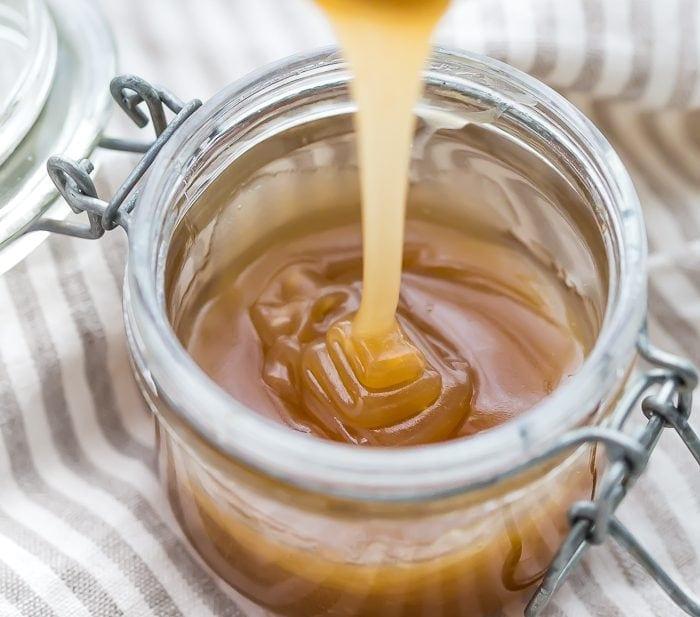 5 Minute Paleo Caramel Sauce (Vegan)