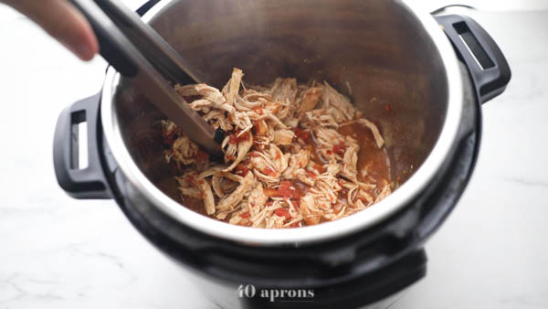 Cook chicken breasts in an Instant Pot