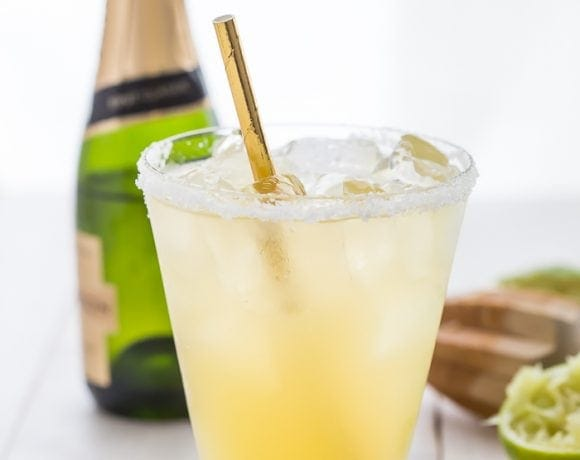 These paleo margaritas with champagne are so easy and so delicious. With only a few ingredients, this paleo margaritas with champagne recipe is easy to memorize and quick to pull together anytime. You'll fall in love with the bit of bubbly in these paleo margaritas with champagne - it's the perfect twist on a favorite paleo margaritas recipe!