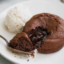 Paleo Molten Lava Cake Recipe (Gluten Free, Grain Free)