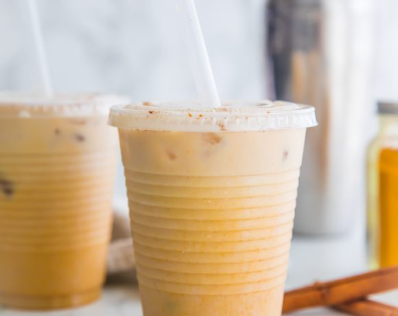 Iced Golden Milk Turmeric Latte (Paleo, Vegan, Anti-Inflammatory)