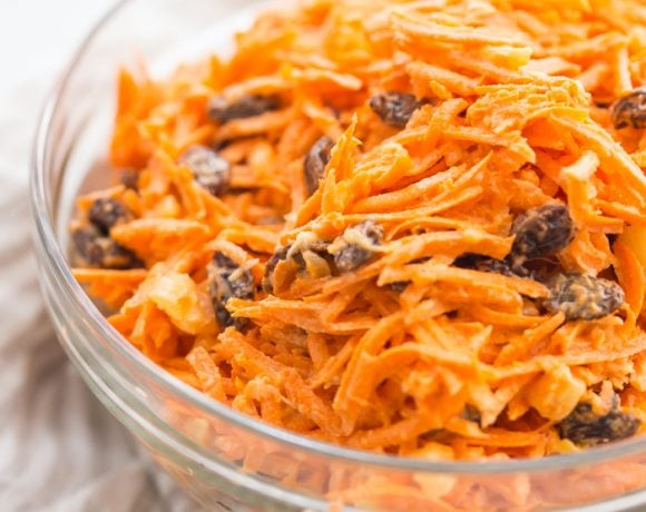 Whole30 carrot and raisin salad