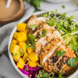 "Whole30 Thai Chicken Zoodle Bowl (With ""Peanut"" Sauce, Paleo, Low Carb)"