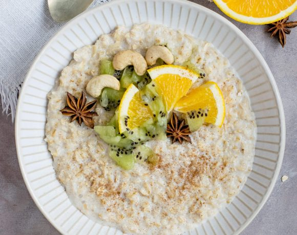 overhead shot of a bowl of morning oats