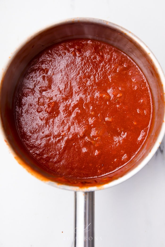 The cooked sauce in a pan