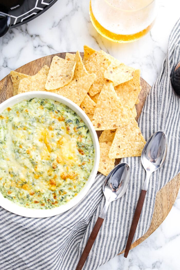 Vegetarian slow cooker spinach and artichoke dip