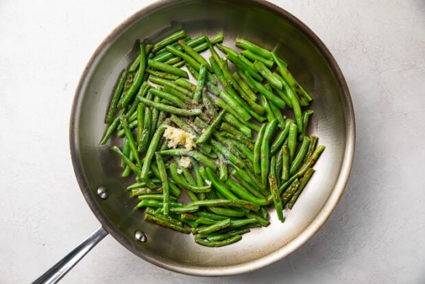 Green beans in a silver skillet
