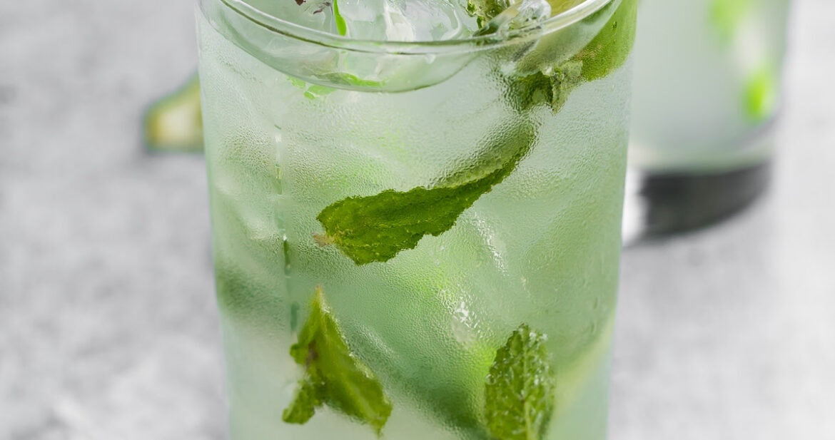 Virgin mojito in a tall glass