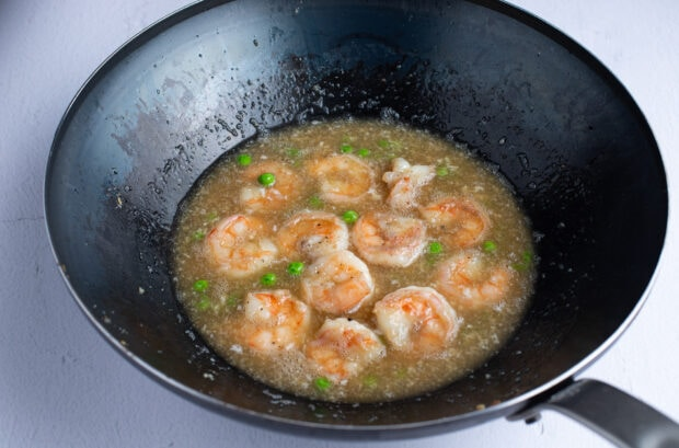 Shrimp in slurry in a wok