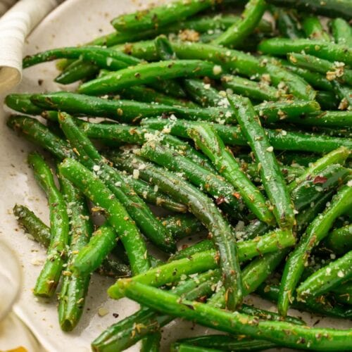 Close up photo of Italian green beans on a plate